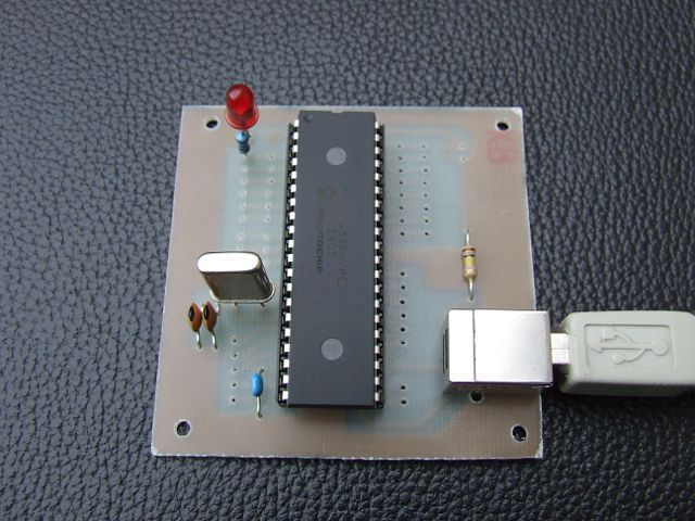 PIC18F4550 Pinguino Development Board